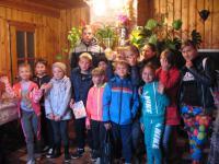 Детская  группа на Боготольской земле